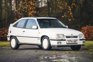 Picture of 1988 Vauxhall Astra GTE Mk2 2.0-litre 8v - 64,346 miles