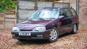 Picture of 1994 Top of the range Vauxhall Carlton Diamond