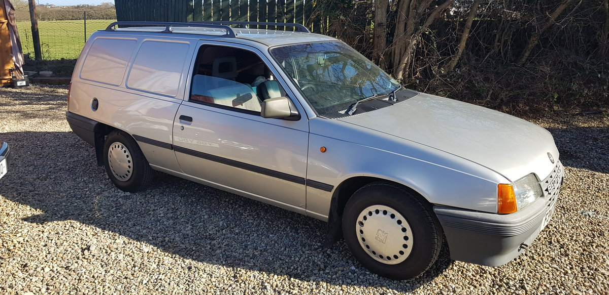 1988 BEDFORD ASTRA VAN MK2 1.3 PETROL, For Sale (picture 1 of 12)