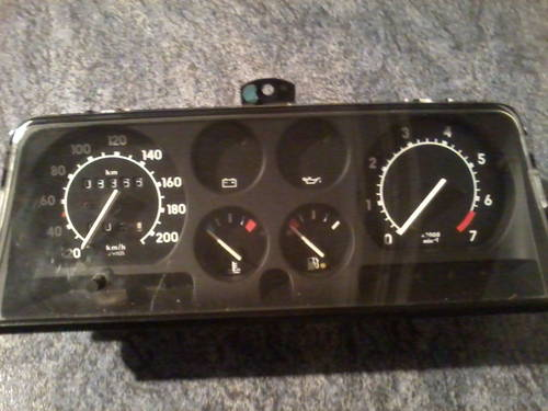 MK2 OPEL CORSA DASHBOARD/ MK2 VAUXHALL NOVA  CLOCK For Sale (picture 3 of 6)