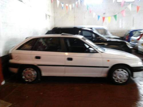 1994 M VAUXHALL ASTRA 1.4 GLS , 5 DOOR,, For Sale (picture 2 of 4)