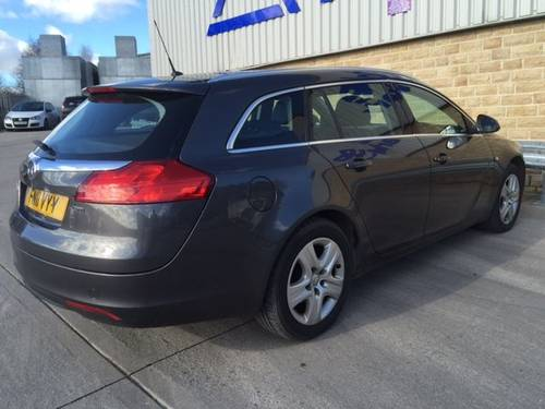 2011 VAUXHALL INSIGNIA 2.0 CDTi Estate - Diesel / Automatic  For Sale (picture 3 of 5)