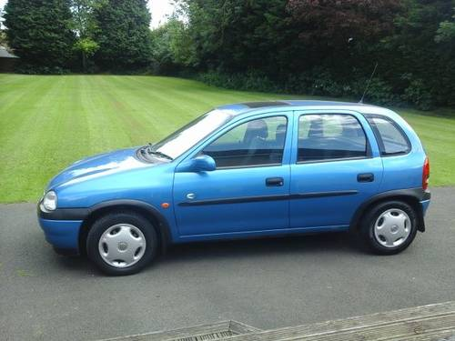 1999 T VAUXHALL CORSA 1.2 CLUB BREEZE 5 DOOR For Sale (picture 2 of 4)