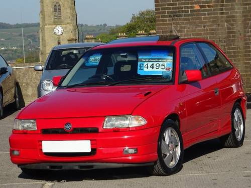 1992 Vauxhall Astra 2.0 i 16v GSi 3dr For Sale (picture 4 of 6)