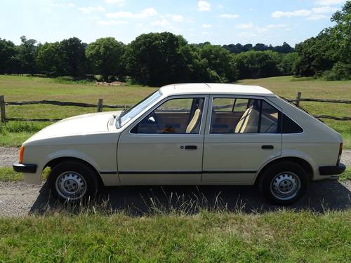 1983 Truly exceptional Mk1 Vauxhall Astra, Ex Vauxhall Heritage  SOLD (picture 3 of 6)