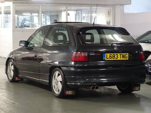 1994 Vauxhall Astra 2.0 i 16v GSi 3dr For Sale (picture 3 of 6)