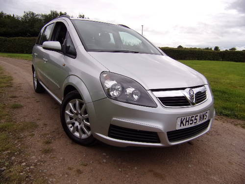 0d8e16aa76 ... 2005 Vauxhall Zafira 1.6i Club 7 Seat (Part Exchange to Clear) SOLD ...