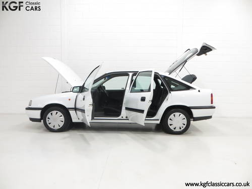 1991 An Amazing Vauxhall Cavalier Mk3 1.8GL SOLD (picture 3 of 6)