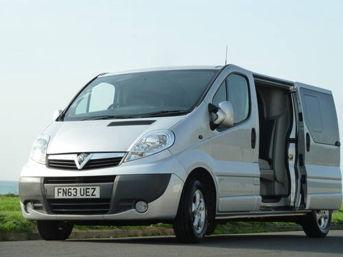 2013 VIVARO 2.0CDTi 115ps LWB SPORTIVE DOUBLE CAB / CREW / KOMBI  For Sale (picture 2 of 6)