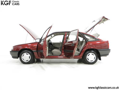 1990 An Outstanding Vauxhall Cavalier Mk3 1.6L with 13,168 Miles  SOLD (picture 3 of 6)