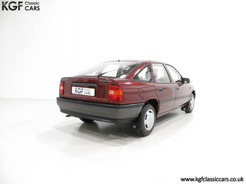 1990 An Outstanding Vauxhall Cavalier Mk3 1.6L with 13,168 Miles  SOLD (picture 5 of 6)