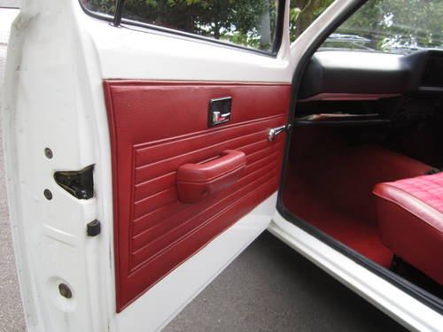 1979 VAUXHALL CHEVETTE L ** OTHER CLASSICS WANTED TODAY ** For Sale (picture 5 of 6)