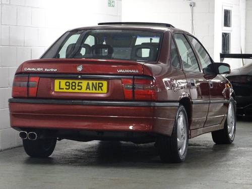 1993 Vauxhall Cavalier 2.0 i Turbo 4x4 4dr RED TOP SFI TURBO 4X4  For Sale (picture 4 of 6)