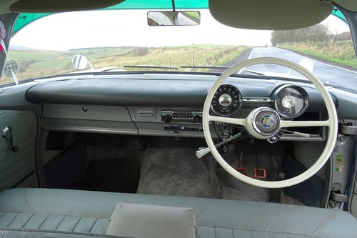 1960 VAUXHALL VELOX. STUNNING.SHOW WINNER.  For Sale (picture 5 of 6)