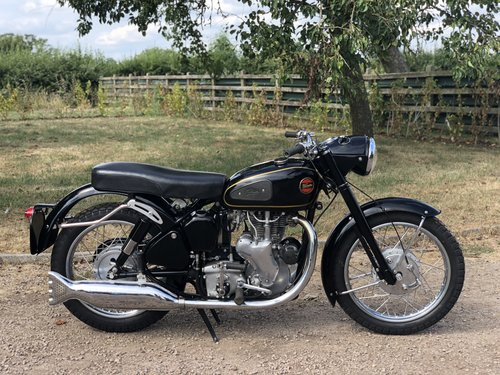 Velocette MSS 1960 500cc. Totally Restored SOLD (picture 3 of 6)