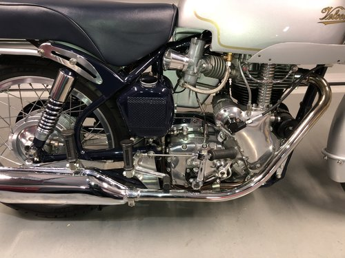 1970  Velocette Thruxton - immaculately restored SOLD (picture 2 of 6)