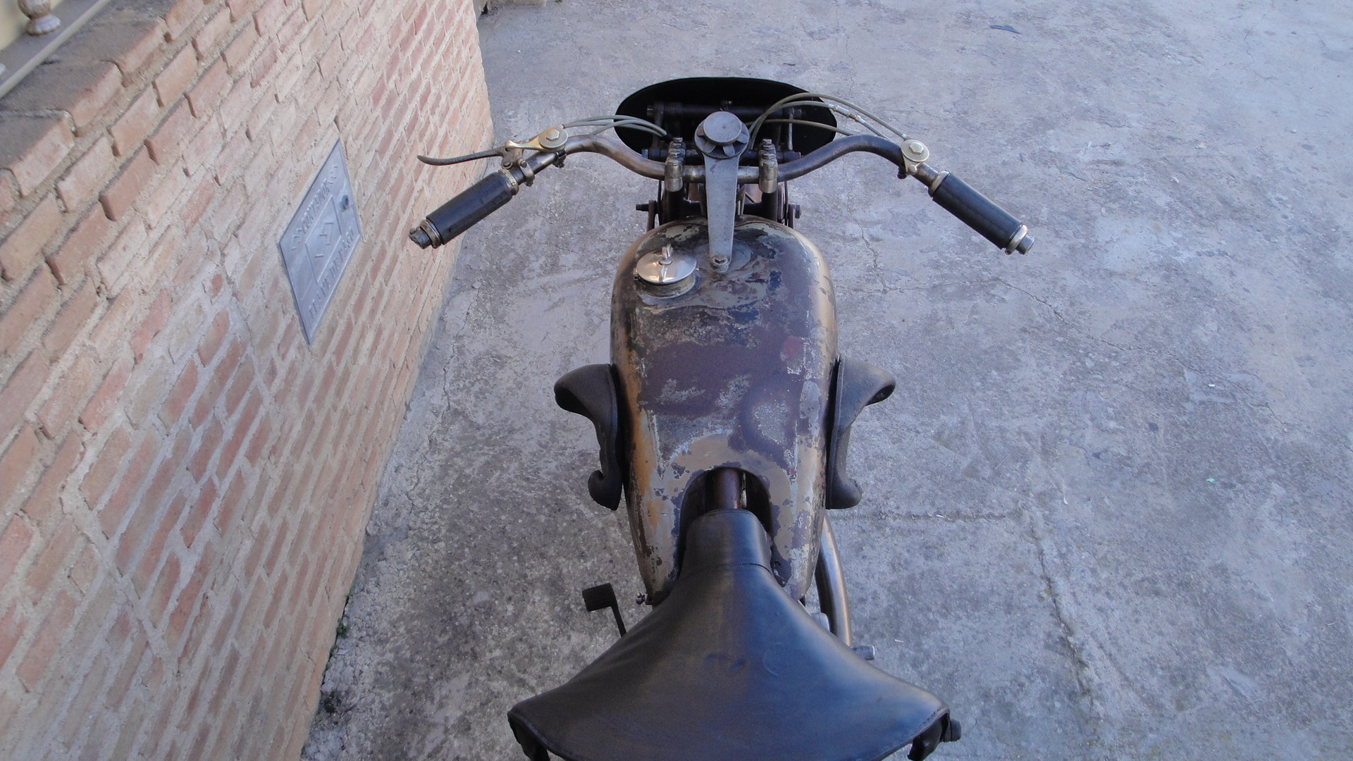 VELOCETTE KN 350cc OHC RACER YEAR 1929 For Sale (picture 5 of 6)