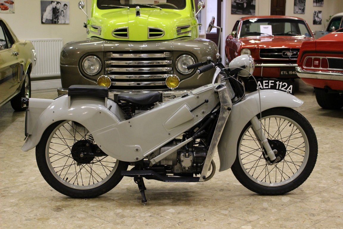 1952 Velocette LE 200 Mk II - Fully Restored | History File  For Sale (picture 1 of 6)