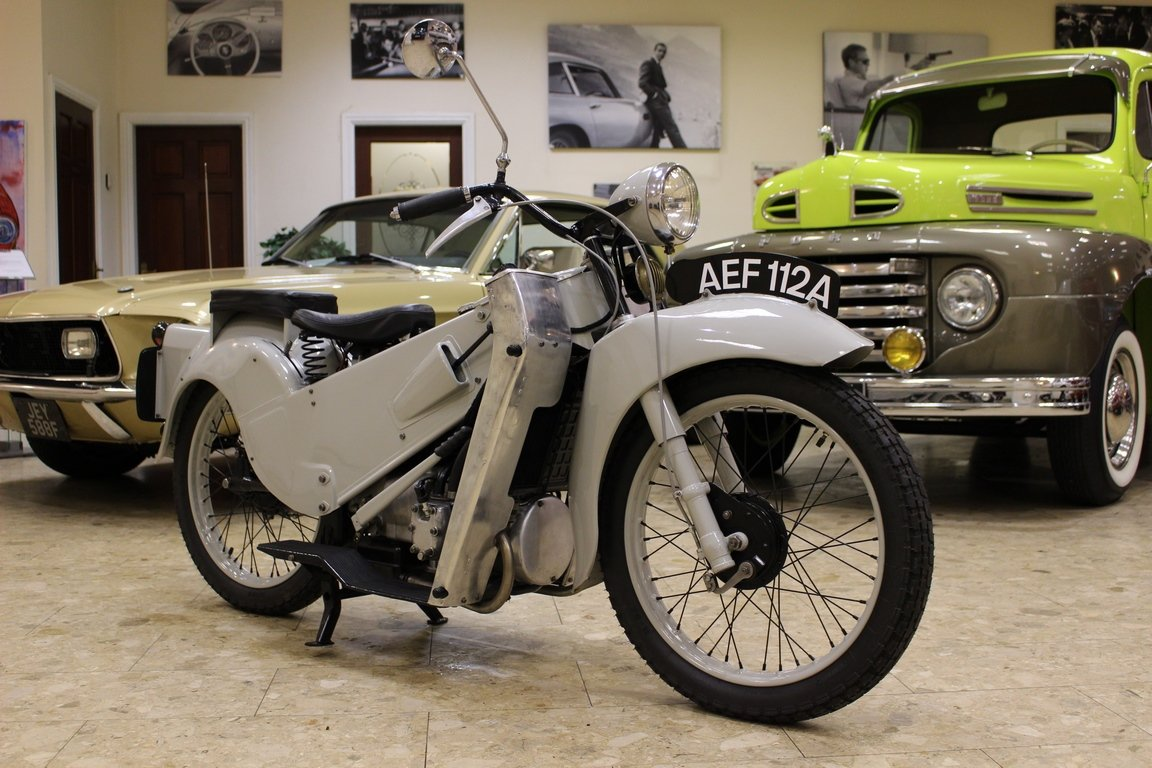 1952 Velocette LE 200 Mk II - Fully Restored For Sale (picture 2 of 6)
