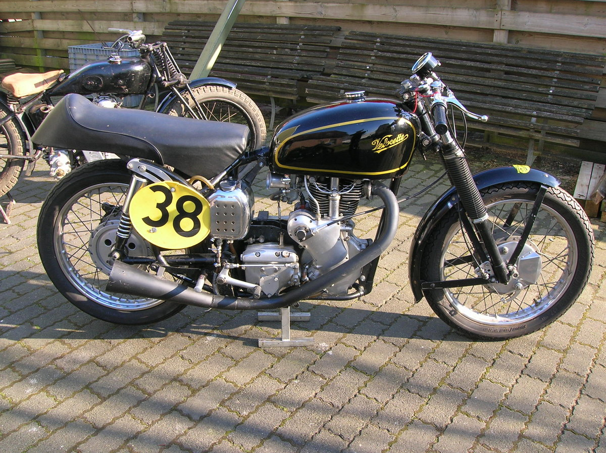 1954 Velocette MSS venom classic racer For Sale (picture 1 of 6)
