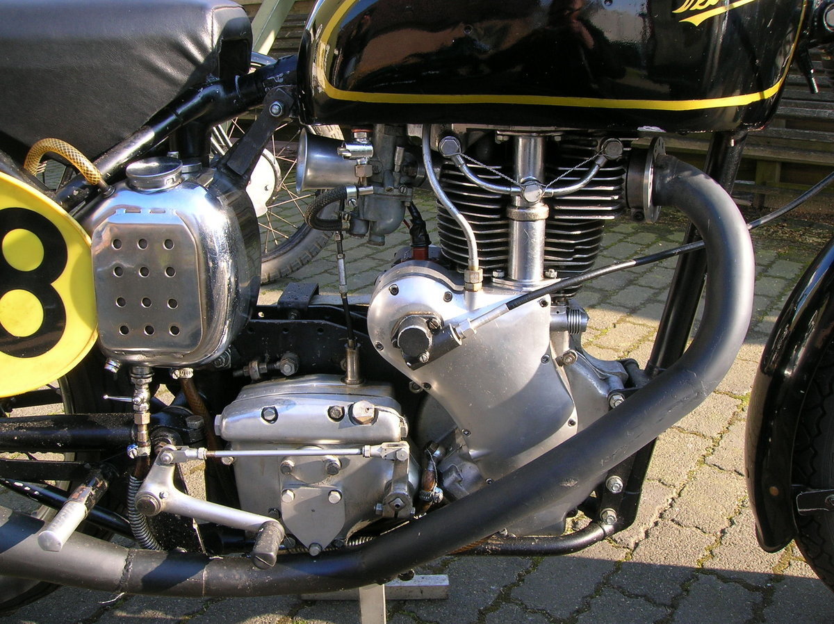 1954 Velocette MSS venom classic racer For Sale (picture 4 of 6)