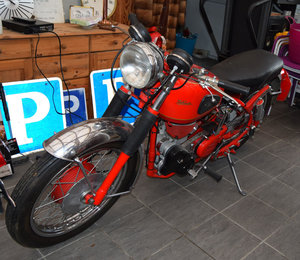 Velocette Viper with lost of extras!
