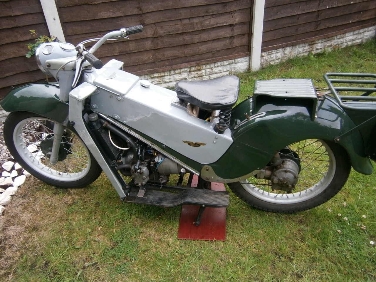 1953 Le Velocette SOLD (picture 1 of 6)