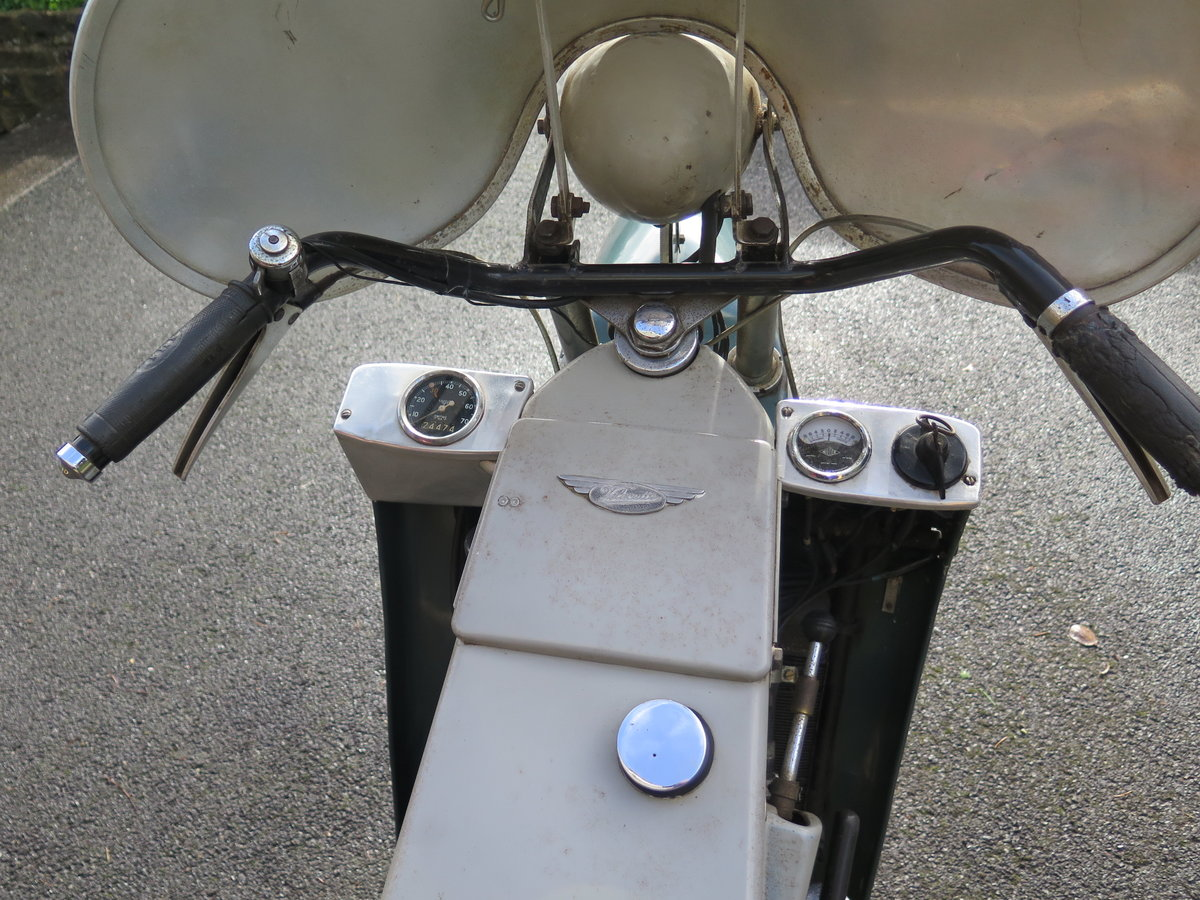 Lot 101 - A 1955 Velocette LE - 28/10/2020 SOLD by Auction (picture 3 of 6)