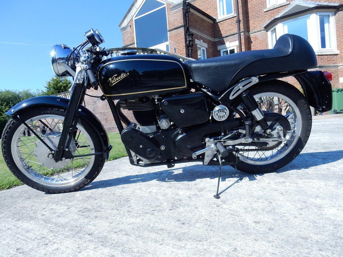 Velocette Thruxton 499cc 1966 Factory Frame & Engine Pairing For Sale (picture 7 of 12)