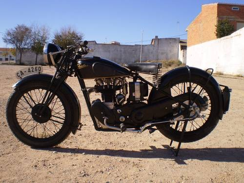 1933 VELOCETTE MOV  250 C.C. OHV FIRST SERIES SOLD (picture 1 of 6)