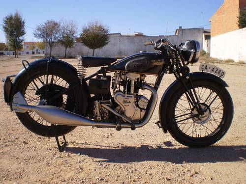 1933 VELOCETTE MOV  250 C.C. OHV FIRST SERIES SOLD (picture 2 of 6)
