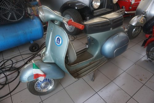1959 First Owner Vespa 150 SOLD (picture 1 of 5)