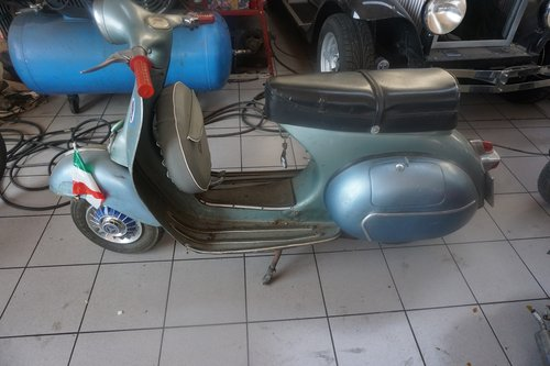 1959 First Owner Vespa 150 SOLD (picture 4 of 5)