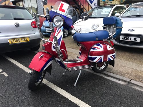 2012 Vespa LML Star Deluxe 125 mod special!! Low mileage!  For Sale (picture 2 of 5)