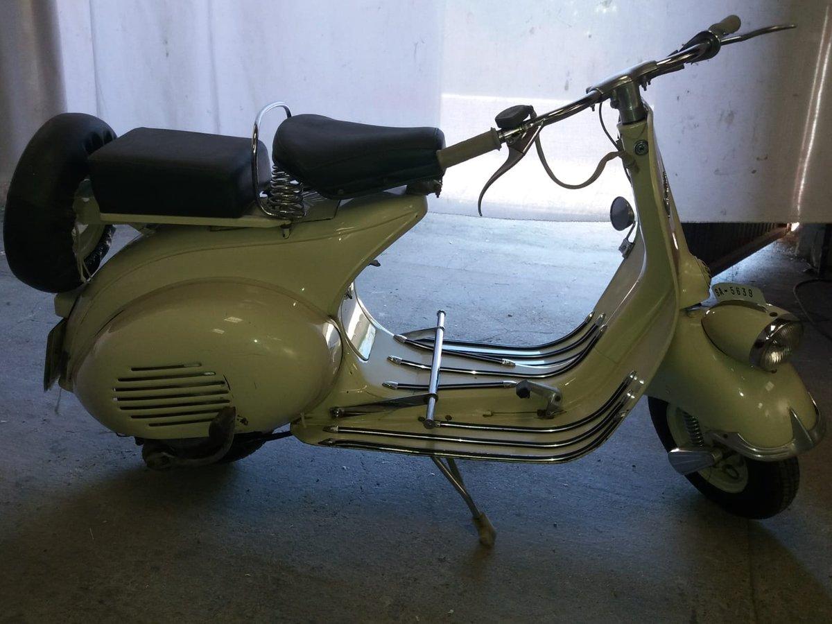 vespa faro basso 1955 For Sale (picture 1 of 3)