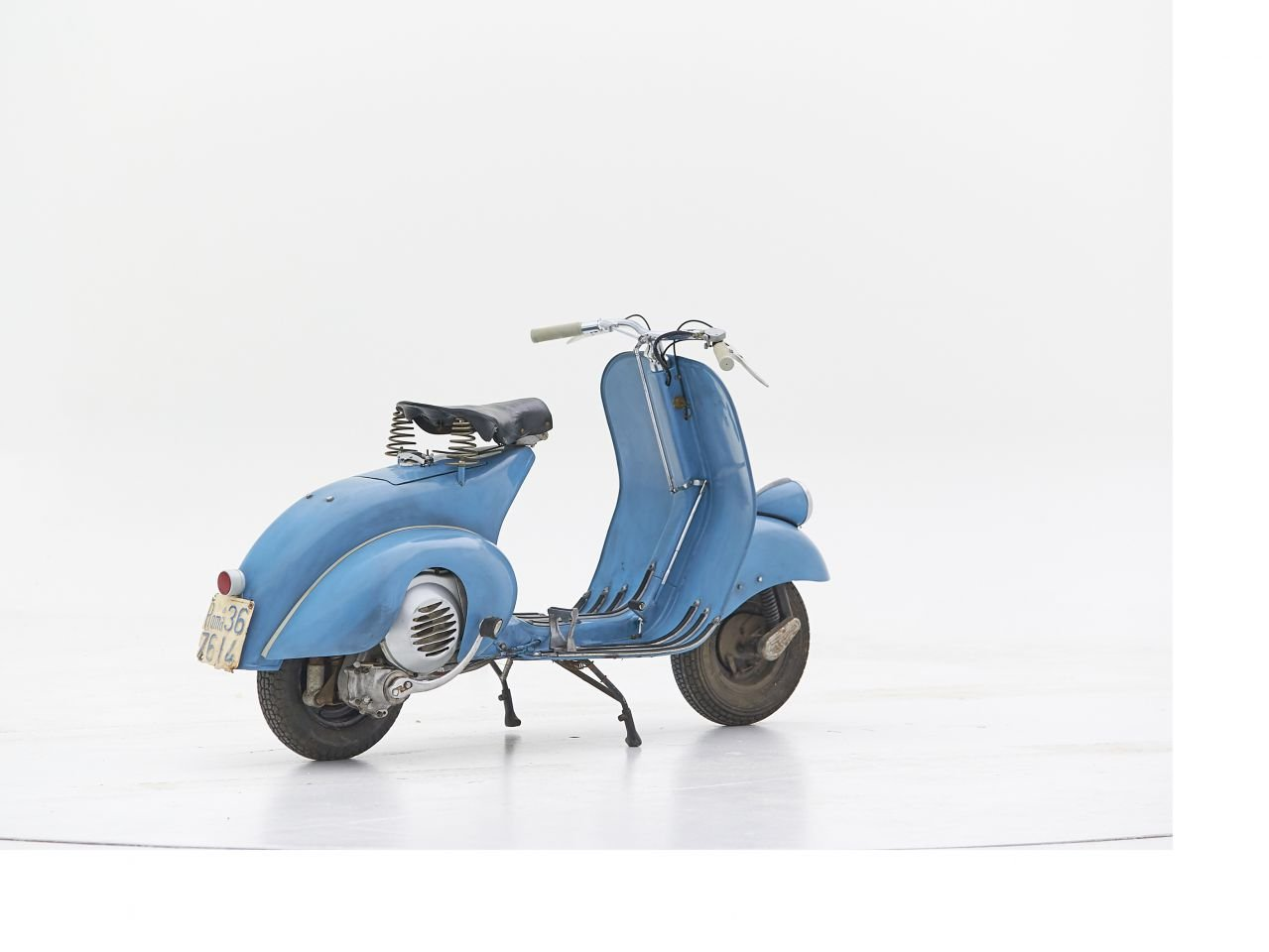 1948 VESPA V14 FARO BASSO For Sale by Auction (picture 2 of 6)