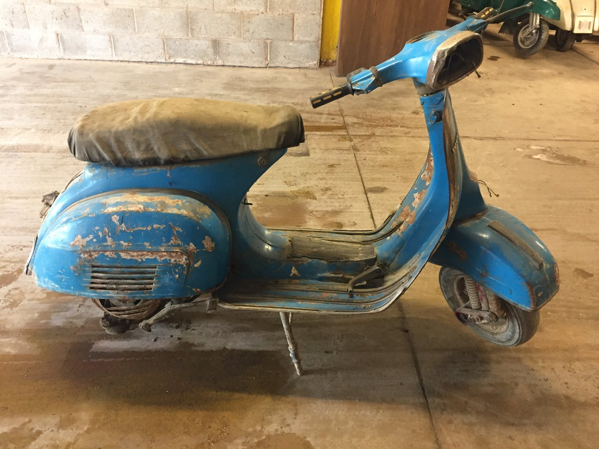 1973 CLASSIC VESPA PROJECT FOR SALE For Sale (picture 4 of 6)