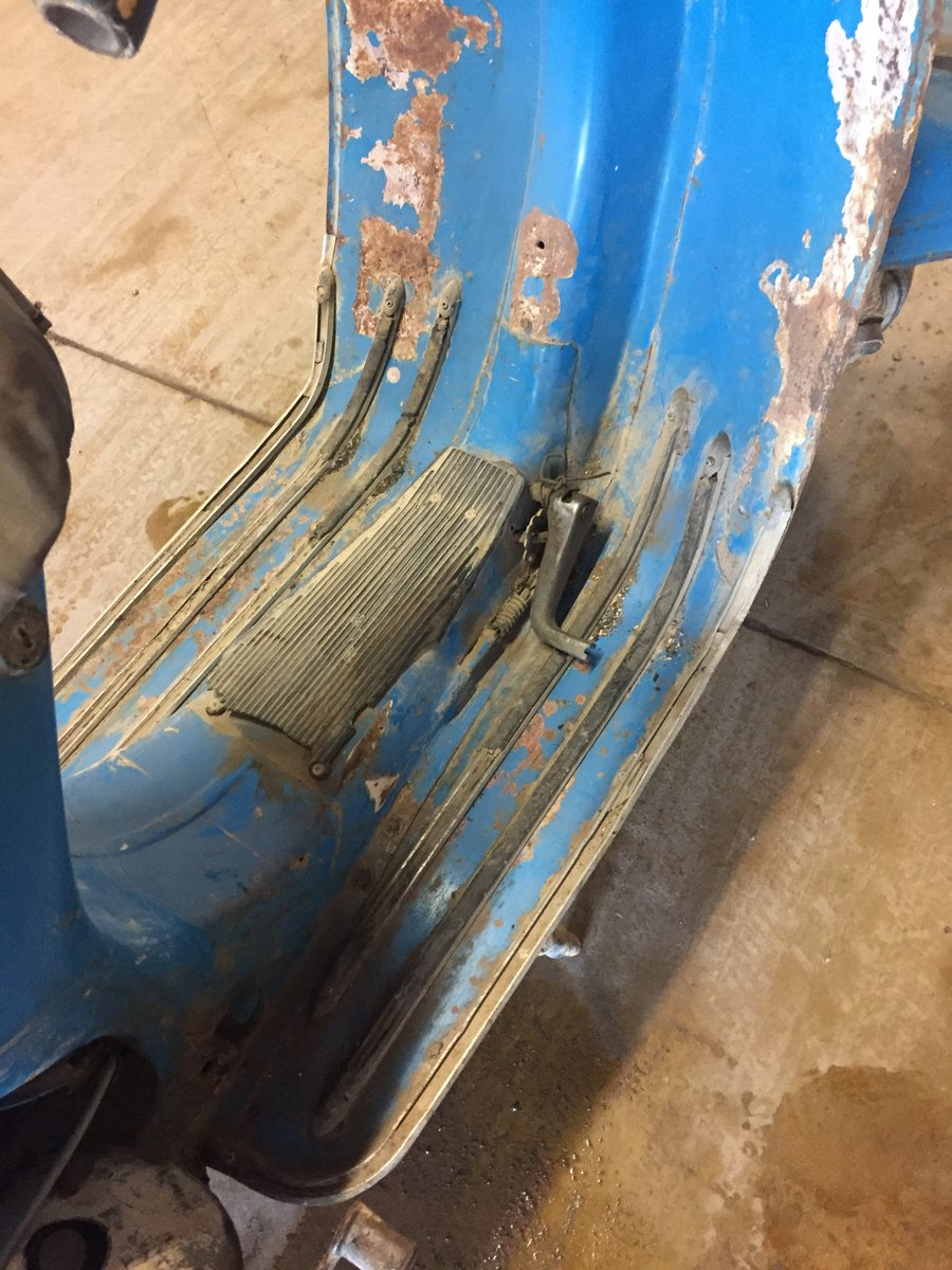 1973 CLASSIC VESPA PROJECT FOR SALE For Sale (picture 6 of 6)