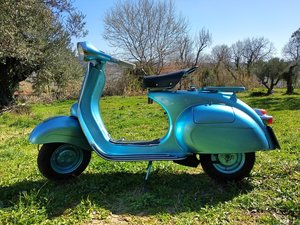 1960 VESPA 150 VBB – Newly restored !!! For Sale