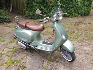 2007 Rare Retro Vespa LXV125 For Sale