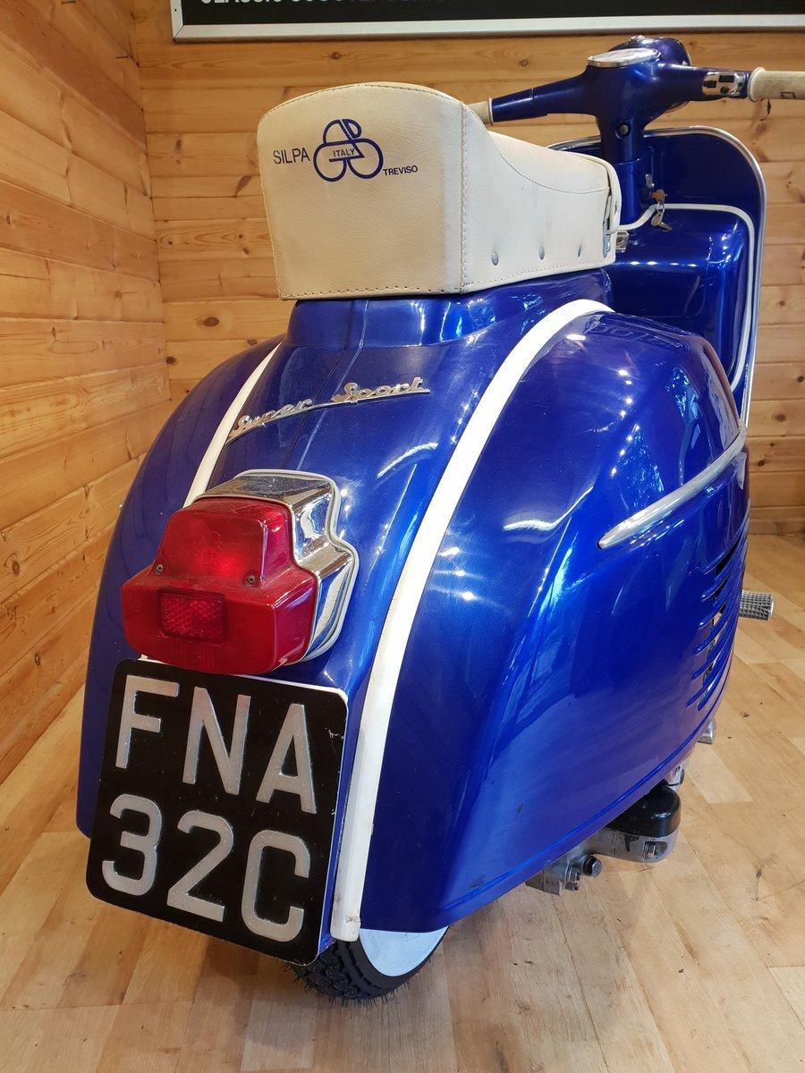 1965 Vespa SS180 (200cc) Direct Italia Import & UK Restored For Sale (picture 3 of 6)