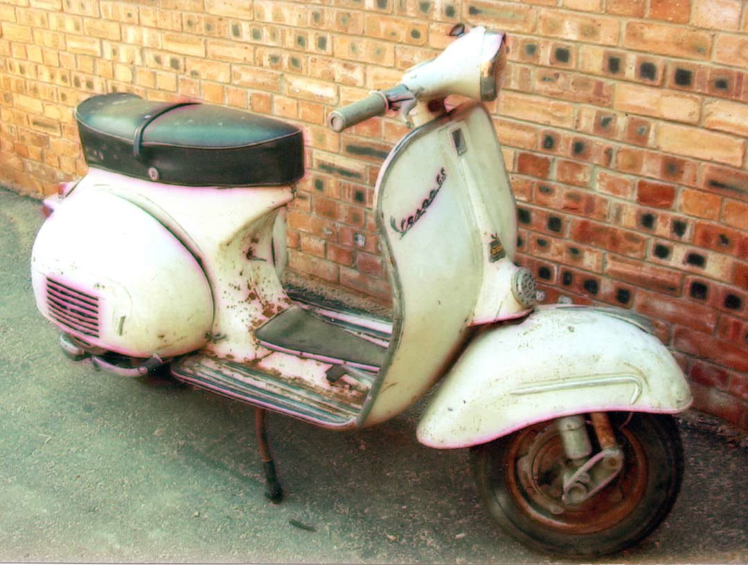 1962 Vespa GS160 MK1 - UK Stunning Restoration  For Sale (picture 4 of 5)