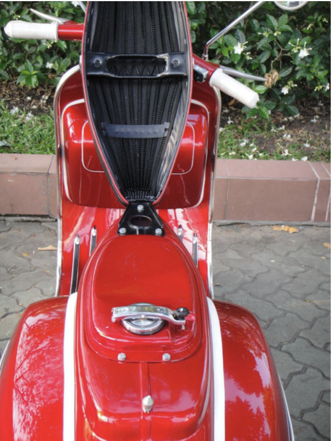 1967 Vespa SS180 - Red - FULLY Restored For Sale (picture 4 of 6)