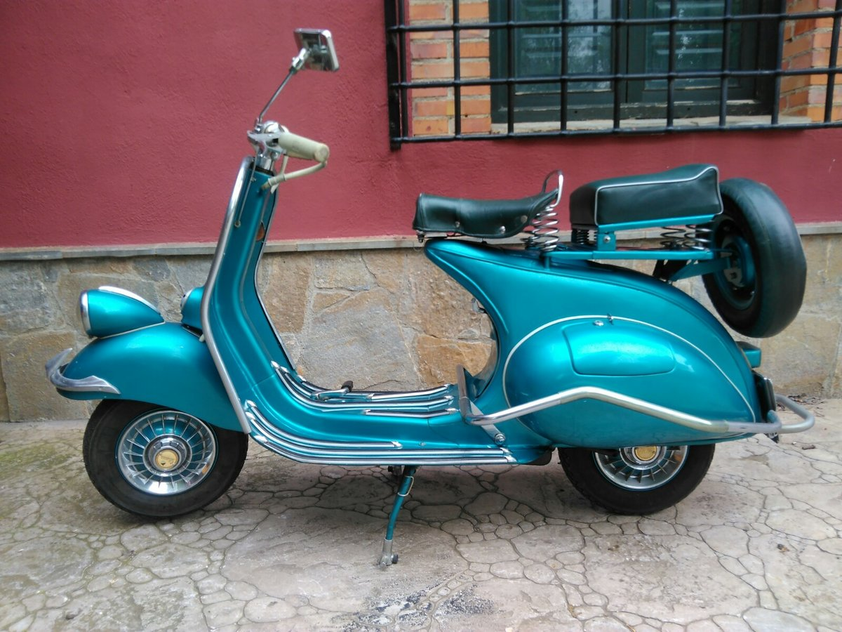 1954 vespa SOLD (picture 2 of 6)