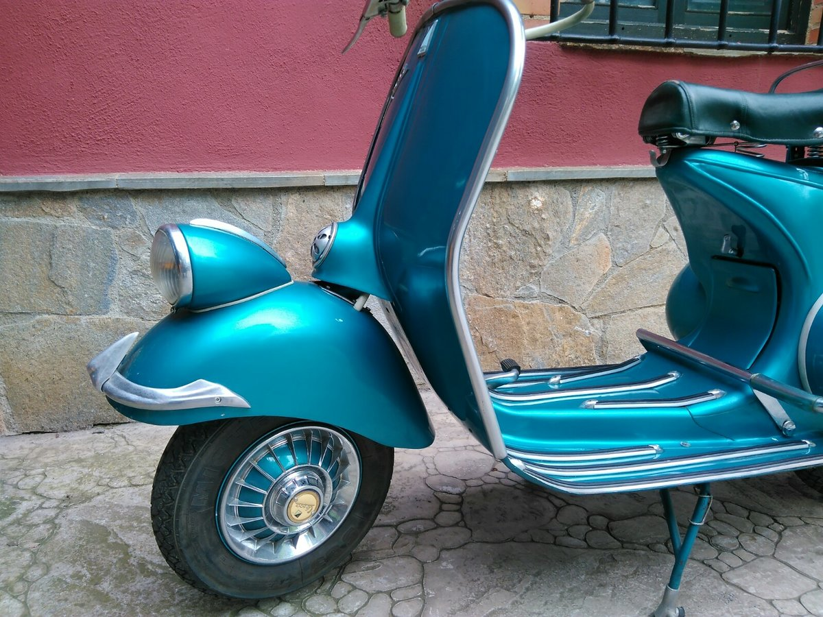 1954 vespa SOLD (picture 6 of 6)