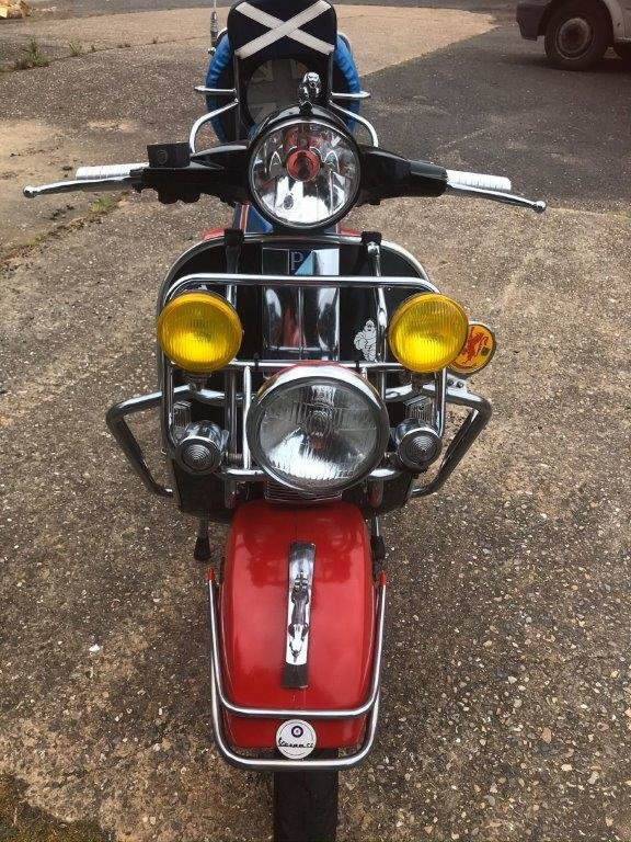 RARE VESPA  MOD 125 Sport 1988 Signed by Paul Weller For Sale (picture 1 of 6)