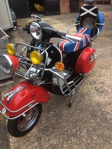 RARE VESPA  MOD 125cc Sport / signed by Paul Weller Unique