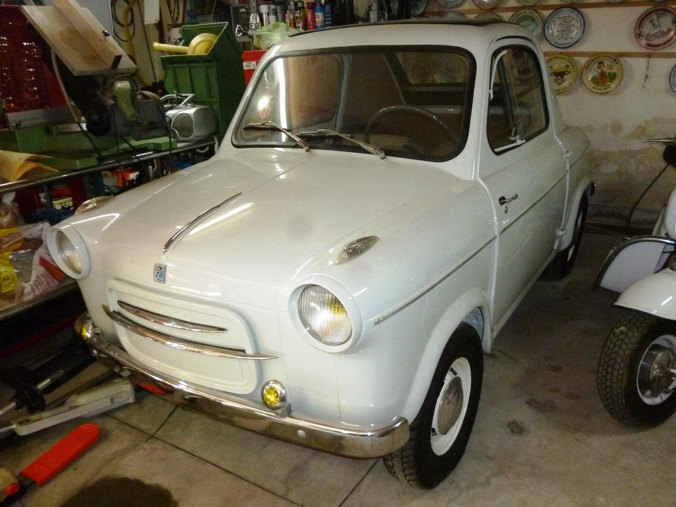 1960 Piaggio Vespa Acma 400 microcar For Sale (picture 1 of 6)