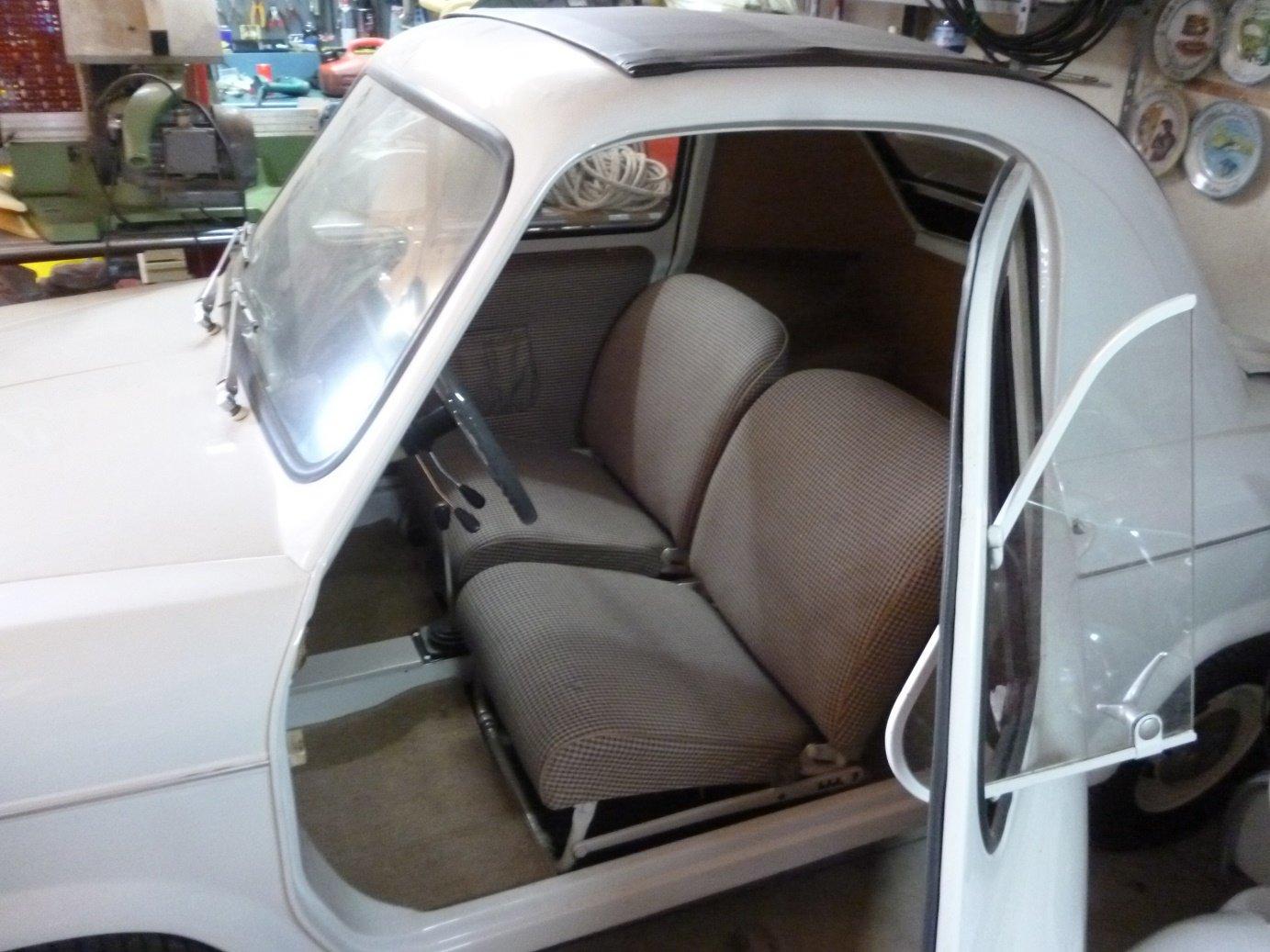 1960 Piaggio Vespa Acma 400 microcar For Sale (picture 4 of 6)