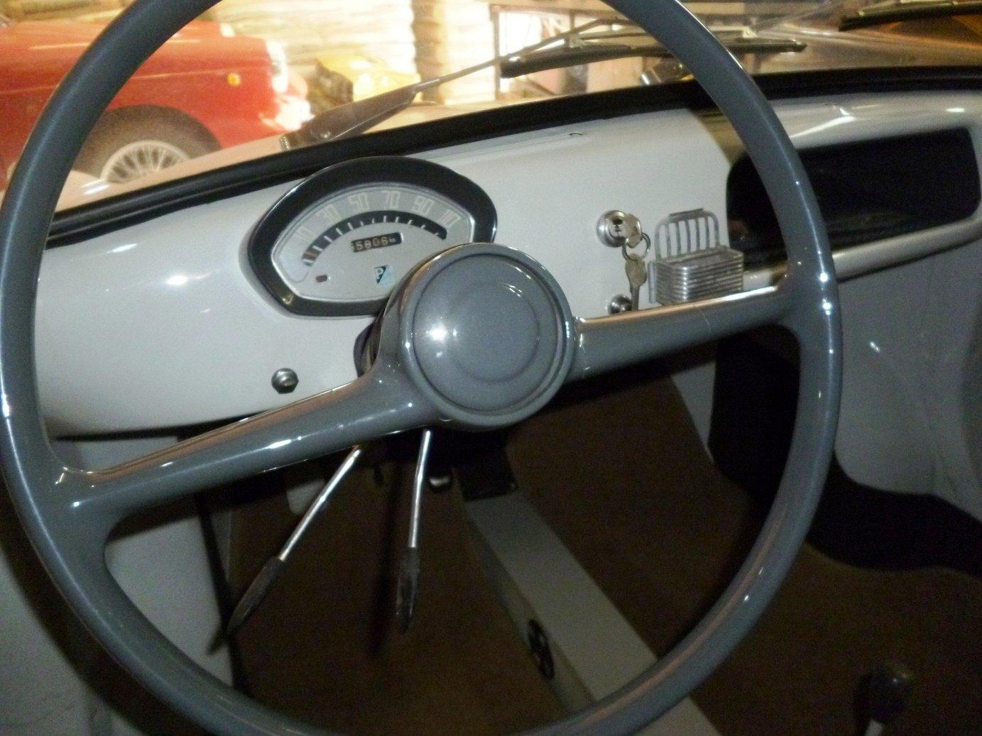 1960 Piaggio Vespa Acma 400 microcar For Sale (picture 5 of 6)
